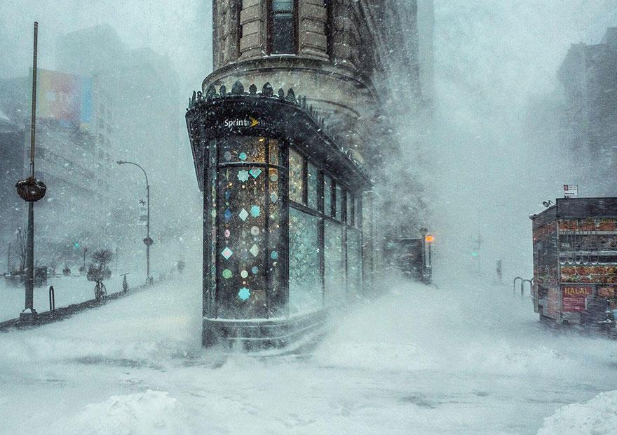 La ventisca y el edificio Flatiron, NY, EEUU