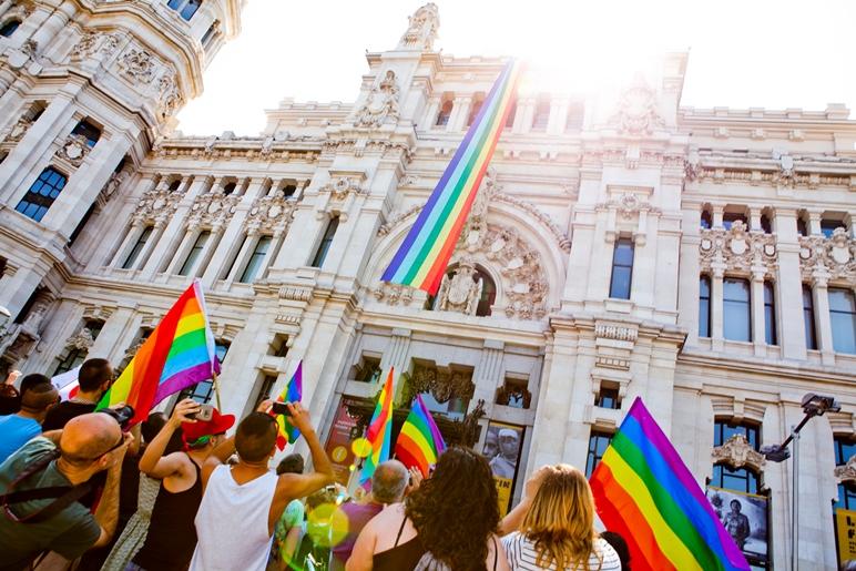 Querida ciudad de París: Madrid quiere pedirte algo.