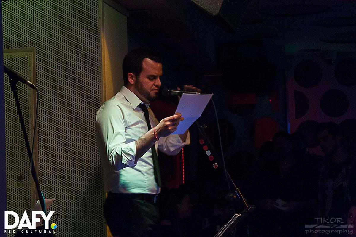 Diego Ojeda recitando en sala Siroco (Madrid)