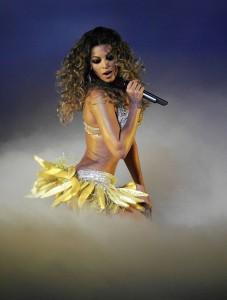 Beyoncé Performing http://partnouveau.com/wp-content/uploads/2013/01/7709_beyonce090806_03.jpeg